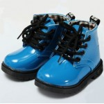 Blue ankle boots with rubber sole
